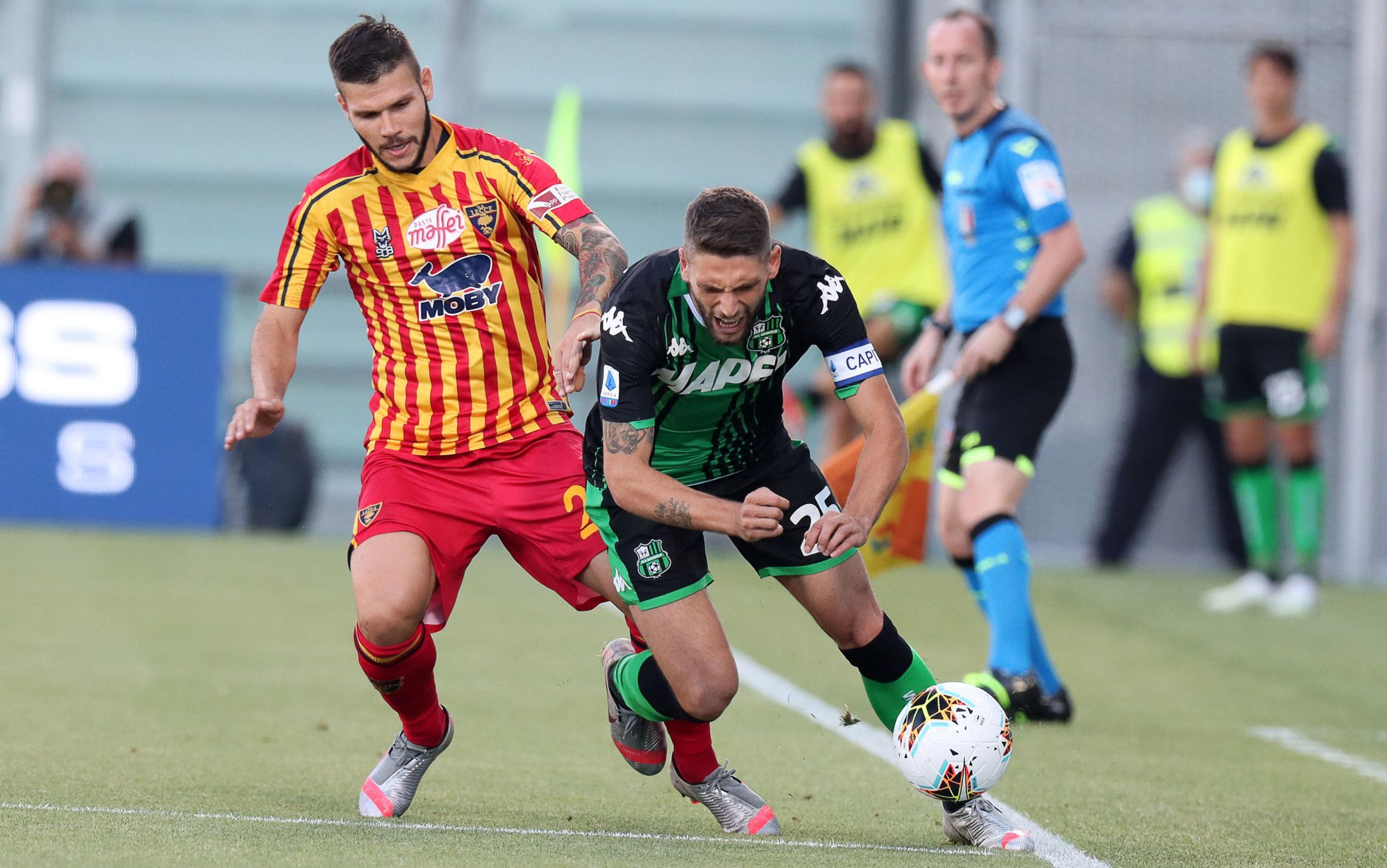 Sassuolo-Lecce 4-2, emiliani ok nel finale