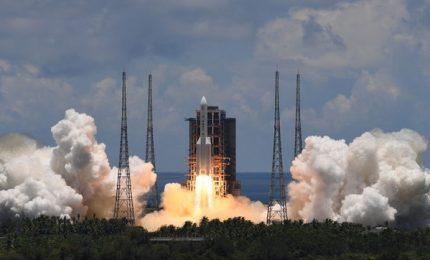 La Cina ha lanciato la sonda Tianwen-1 verso Marte