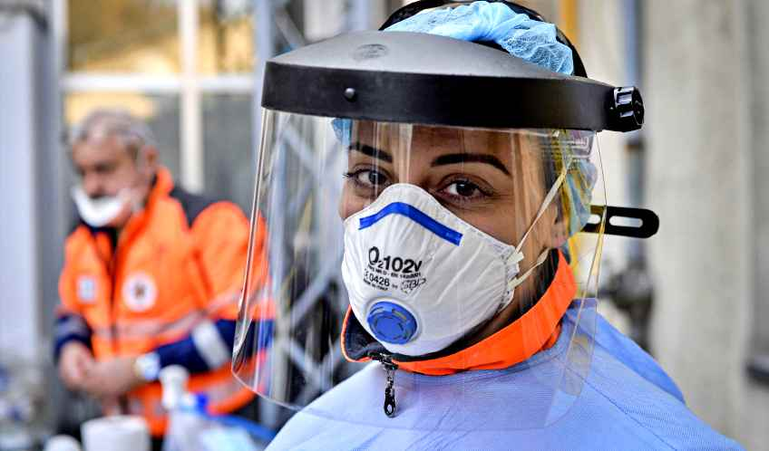 Coronavirus, tornano a salire i nuovi positivi e le vittime. Più ricoveri in terapia intensiva