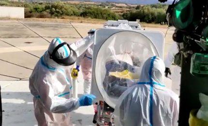 Coronavirus, positivo trasportato in elicottero: è la prima volta