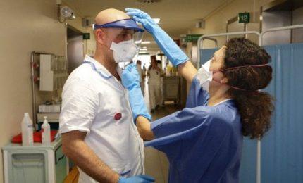 Coronavirus, Figliuolo: entro 24 ore alle regioni un milione vaccini Pzizer