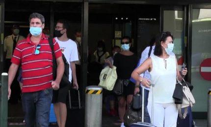Poche informazioni e turisti confusi, cosa succede a Malpensa