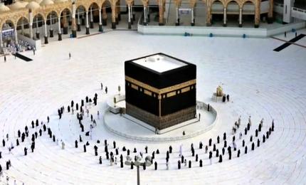 Covid -19, storica Haji a La Mecca: addio alle folle oceaniche