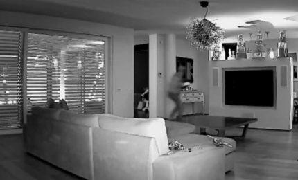 Furto in villa, Facchinetti posta immagini su Instagram