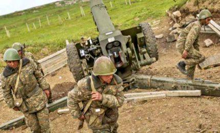 Caucaso, secondo giorno di guerra sul campo in Nagorno-Karabakh