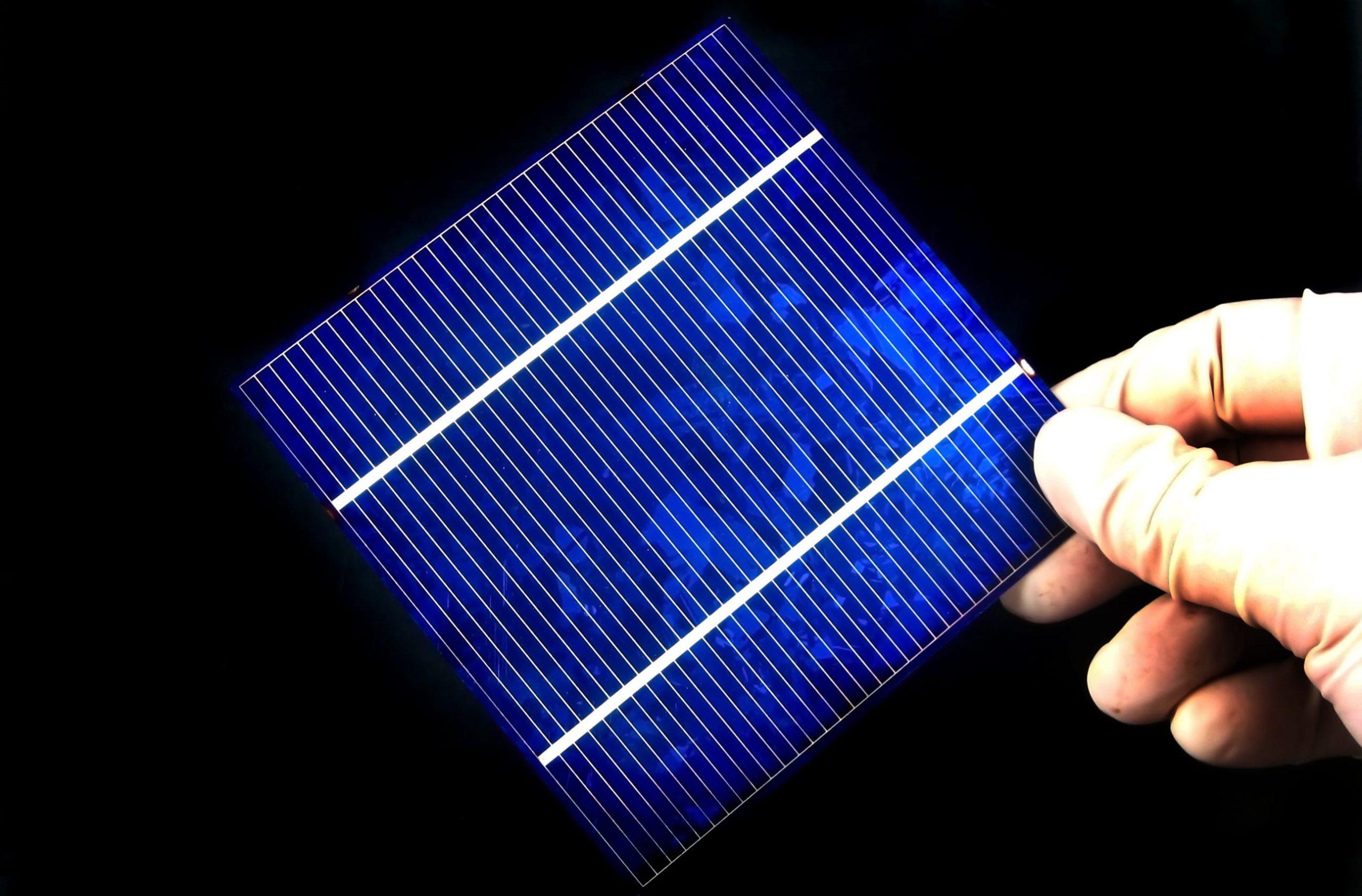 Celle solari più efficienti con i nanocristalli dorati
