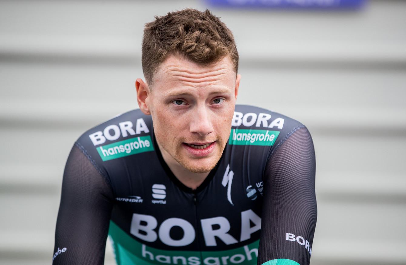 Tour de France Sam Bennett vince in volata Roglic in giallo