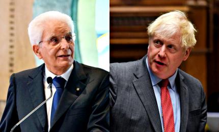 Mattarella risponde a Johnson, ampia copertura della stampa britannica. E intanto la fidanzata di BoJo è in vacanza in Italia, è polemica