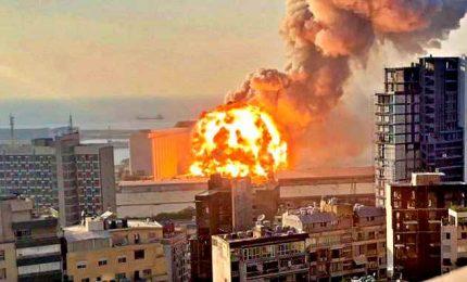 """Scoppia un altro incendio al porto di Beirut: """"A fuoco deposito di pneumatici"""""""