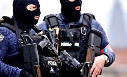 Armi e droga tra Italia, Francia, Belgio e Olanda: 46 misure