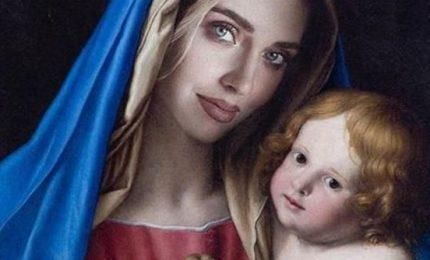 Chiara Ferragni denunciata da Codacons per immagine della Madonna