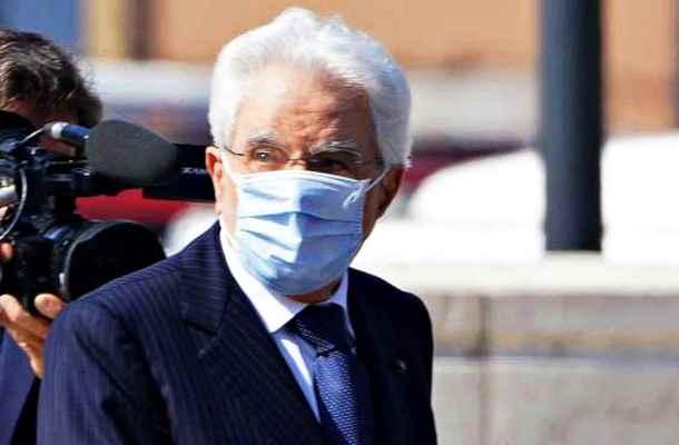 Mattarella riceve centrodestra e attende mosse politica