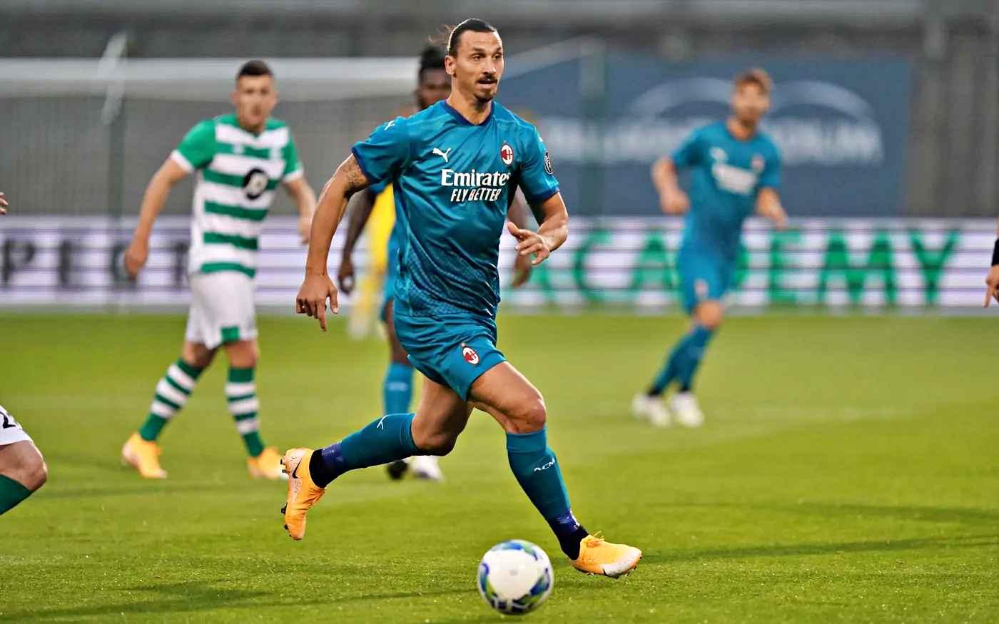Europa League, il Milan di Ibra batte lo Shamrock e avanza