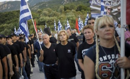 """Tribunale di Atene condanna Alba Dorata: è un """"organizzazione criminale"""""""