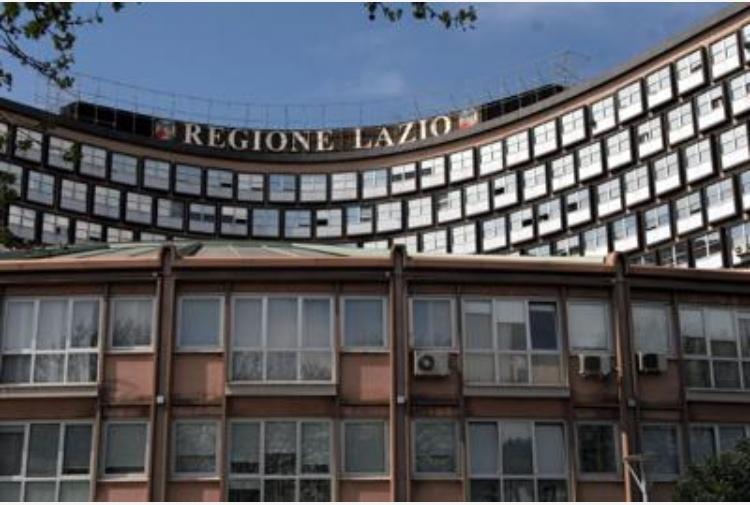 Anche nel Lazio scatta il coprifuoco. E rispunta pure l'autocertificazione