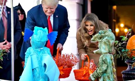 Scherzetto senza dolcetto, il Covid Halloween di Trump e Melania