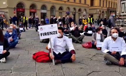 Manifestazione contro Dpcm anti-Covid: feriti in scontri a Firenze