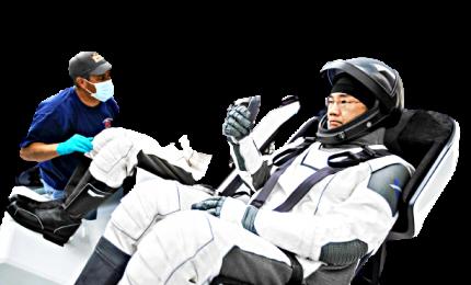 """E' partita la capsula spaziale """"Crew-1 Dragon"""" di Elon Musk"""