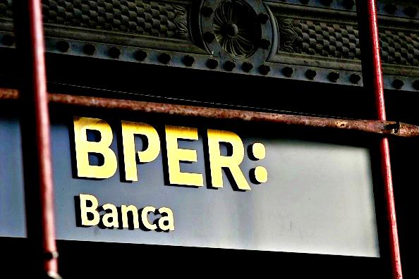 Cimbri promuove l'unione Bper-Banco Bpm, i titoli corrono in Borsa