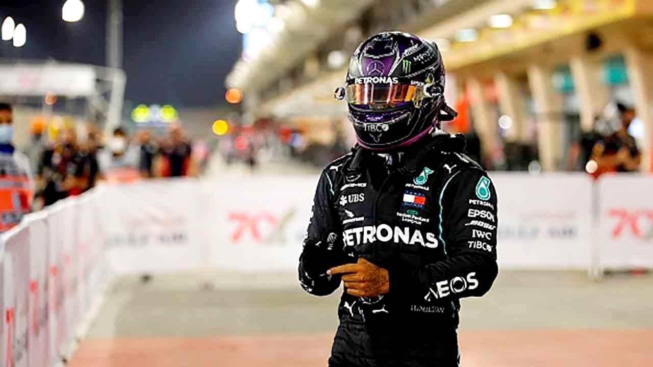Gp Bahrain, vince Hamilton dopo la grande paura Grosjean