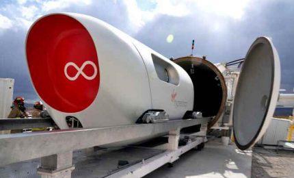 Primo viaggio con passeggero per il treno supersonico Hyperloop