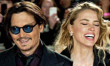 """Johnny Depp perde la causa: fu """"picchiatore della ex moglie"""""""