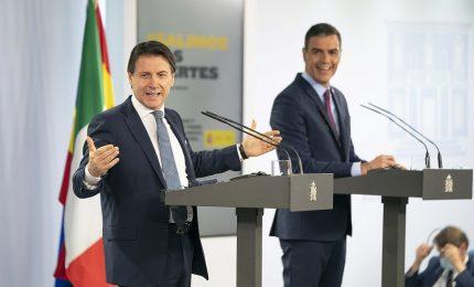 Asse Conte-Sanchez: insieme su Recovery, migranti e crisi Covid