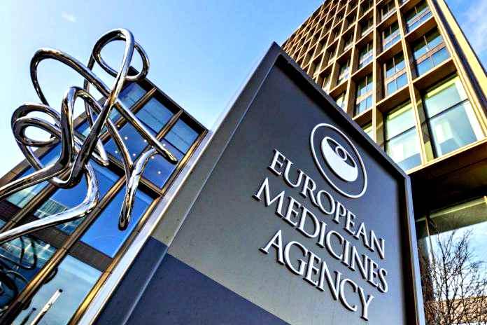 Ema dice sì al vaccino della BioNTech e Pfizer, primo farmaco contro il Covid-19 a essere autorizzato in Europa