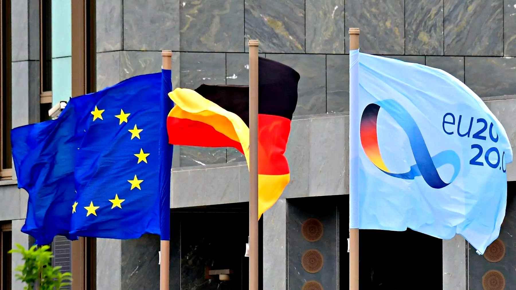 Recovery e bilancio, proposta tedesca per superare veti. Oggi vertice Ue a Bruxelles
