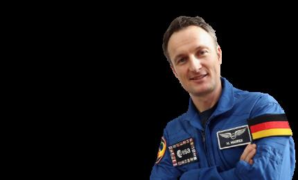 """Un """"bacio cosmico"""" il primo volo per Matthias Maurer"""