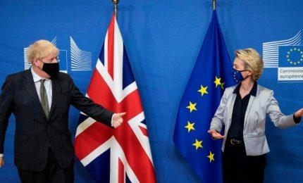 Mercato unico, varate misure d'emergenza Ue per trasporti e pesca post-Brexit