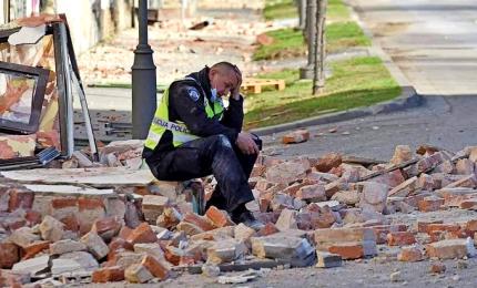 Sisma in Croazia, terrore vicino Zagabria: 7 morti e molti edifici crollati