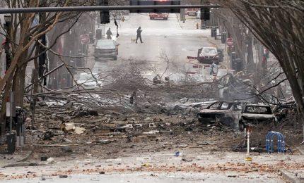 Esplosione a Nashville (Usa), trovati resti umani. Tre feriti
