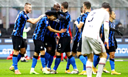 Inter-Bologna 3-1, gol di Lukaku e doppietta di Hakimi. A -2 dal Milan