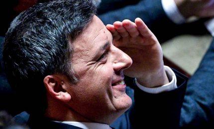 Il governo traballa, Renzi minaccia la crisi. E Conte promette la verifica
