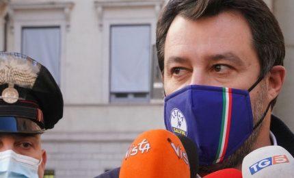 Pressing per riaperture e coprifuoco, ma Draghi resta prudente