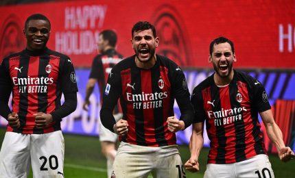 Il Milan batte la Lazio 3-2 ed è in testa. Vola la Roma