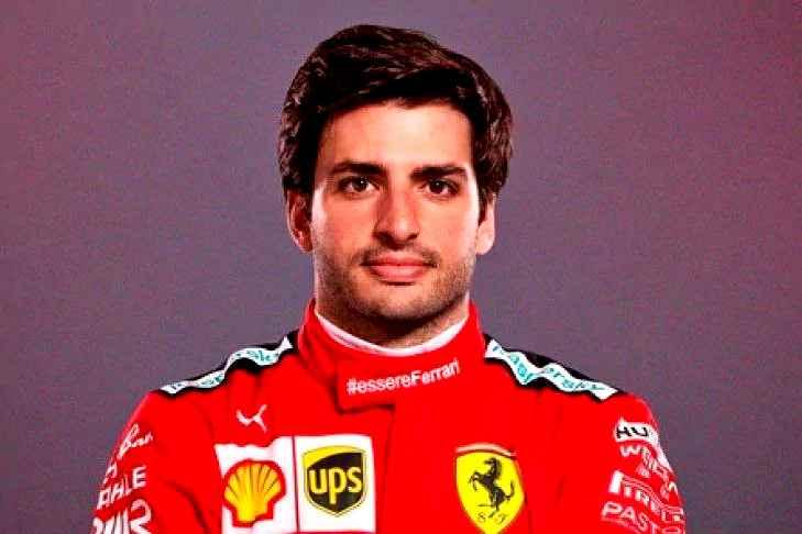 Ferrari, primi giri a Fiorano per Carlos Sainz