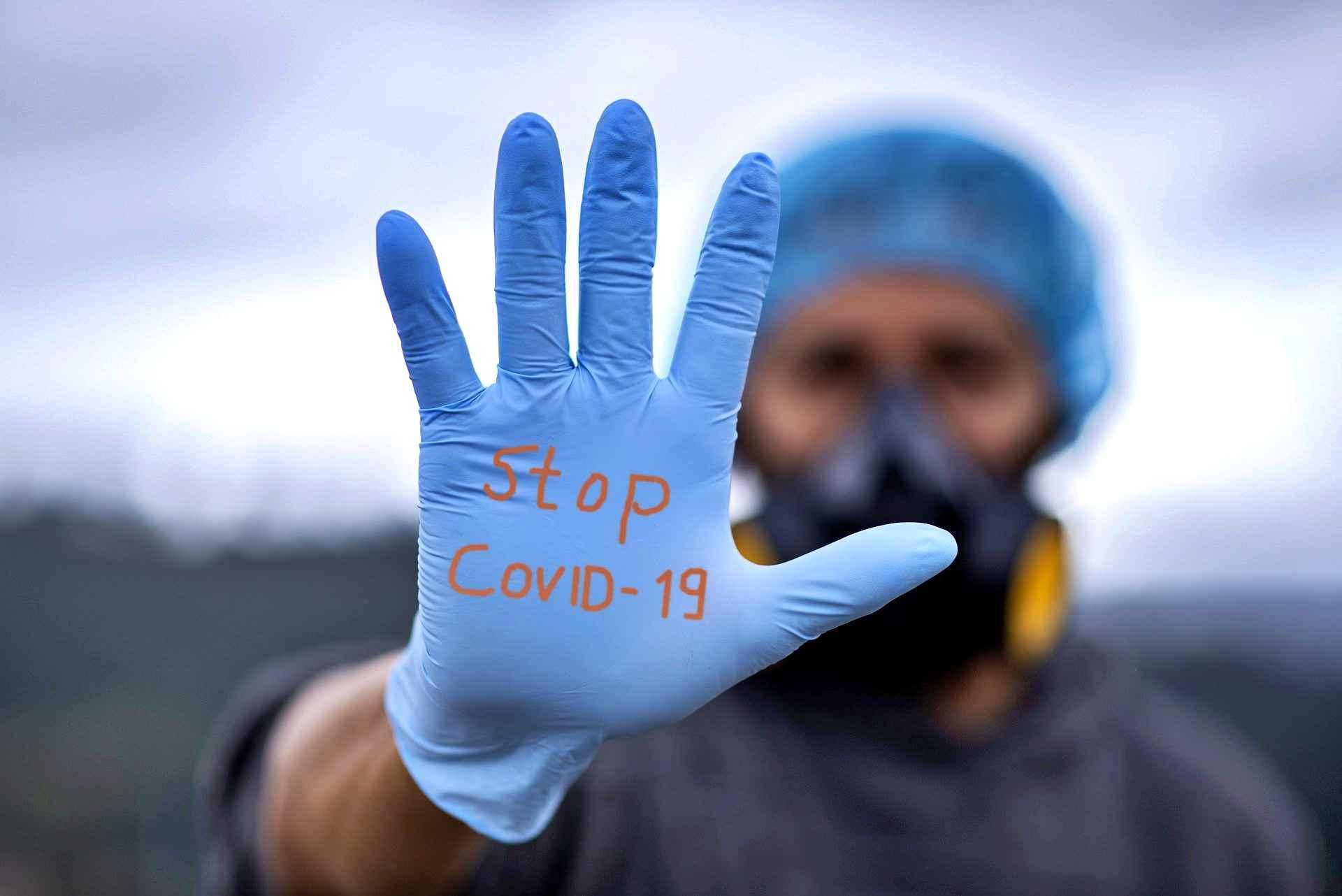 Coronavirus, solo l'1% personale scolastico ha fatto la seconda dose