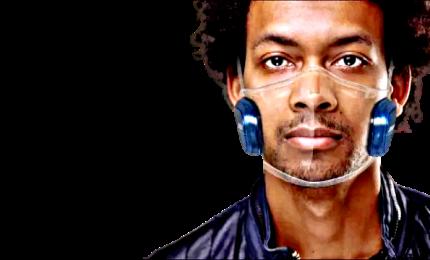 Le mascherine sempre più smart: auricolari e sensori per l'aria