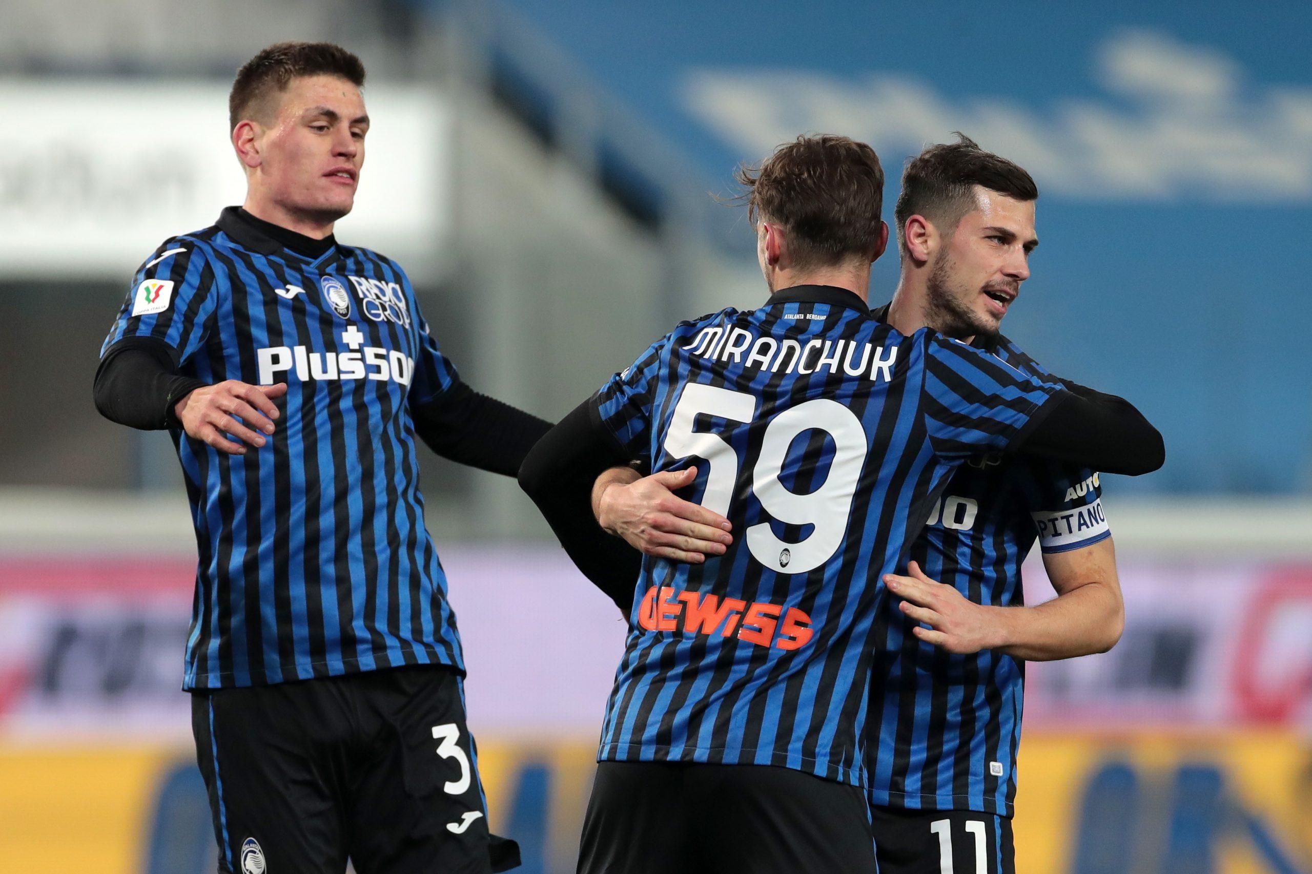 Napoli soffre contro il Crotone ma vince. L'Atalanta vola