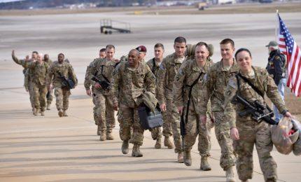 """Sì di Biden a transgender nell'esercito.""""Basta pregiudizi"""""""