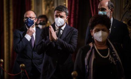 Renzi: serve governo politico, pronti ad ascoltare M5S
