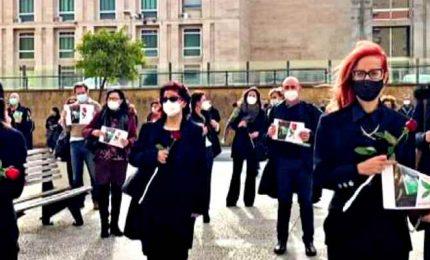 A Palermo flash mob dei magistrati precari davanti al Tribunale