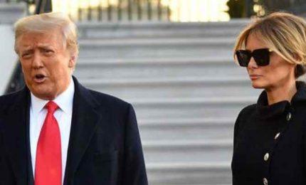 Donald Trump lascia la Casa Bianca: è un arrivederci, torneremo