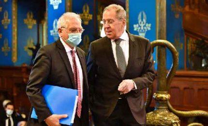 Alta tensione Bruxelles-Mosca. Borrell nel mirino dell'Ue