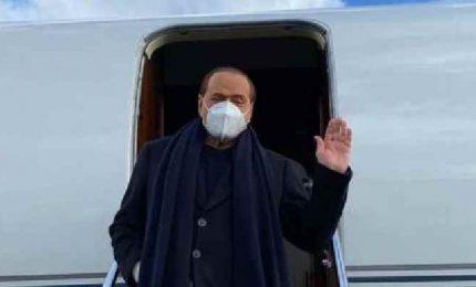 Berlusconi arriva alla Camera per le consultazioni con Draghi