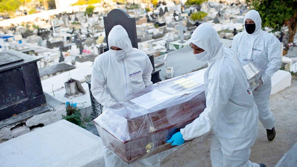 Coronavirus, oltre 2,5 milioni di morti nel mondo