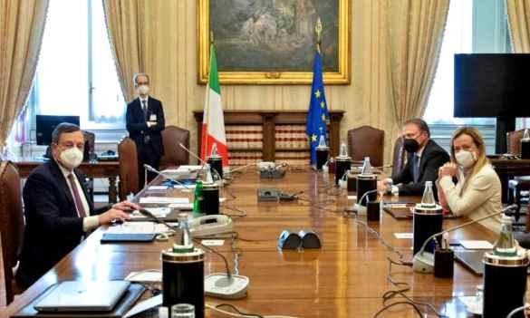 Si allarga il sostegno a Draghi, anche Salvini ci sta. Decisivi Lega e M5s