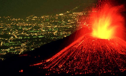 Nuova eruzione dell'Etna, è la sesta in pochi giorni